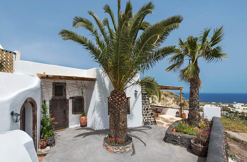 Ιστοσελίδα ξενοδοχείου old vourvoulos houses Σαντορίνη